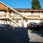 Motel style room entrances