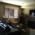 Living Room rm 714