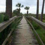 walkway to beach from b&b