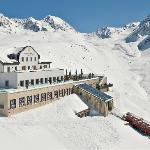 Photo of Romantik Hotel Muottas Muragl