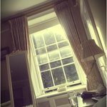 the beautiful period sash windows in the Vanderkiste let in lots of lovely light