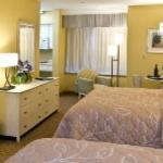 2 Queen Beds w/Kitchen