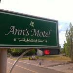 Ann's Motel
