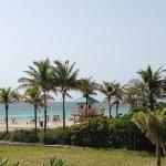 la playa que se ve desde el hotel