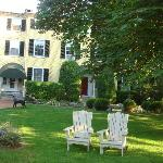 Relax on the lawn. The owners even host evening wine parties