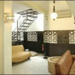 Basement Lounge (with pool table & Internet corner)