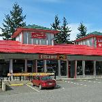 The Driftwynd Bistro and Dining Room, 575 Old Hope Princeton Way, Hope BC