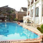 旅館的游泳池,還不錯。