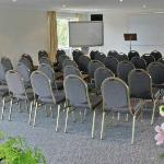 Extensive meeting/function facilities