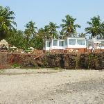 l hotel vu de la plage