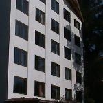 Vista al Hotel desde el Jardin
