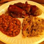 Ribs & pulled pork with baked beans