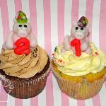 Pig birthday cupcakes