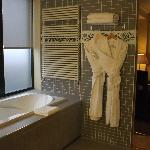 bathroom - elegant, classy