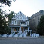 Crescent Lily Inn