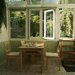 garden room breakfast nook