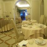 The lovely breakfast room