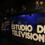 el estudio de TV