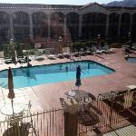 Blick auf Pool