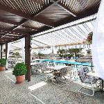 Swimming pool/Restaurant