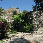 Im traditionellen Stil gebauten Steinhäuser