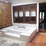 Outdoor bath in the beach bungalow