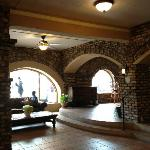 Pismo Beach Hotel - Lobby Area