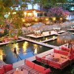 River Hotel Restaurant