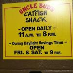 Фотография Uncle Bud's Catfish Shack