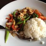stir-fry vegetables with chicken
