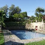 la piscina in pietra