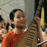 World Master Pham Thi Hue sing and play ty ba
