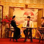 Ca tru Thang Long on TV show