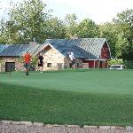 Fairway cottages: putting green