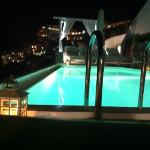 Swimmingpool nightview