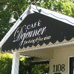 Cafe Dejeuner