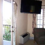 Tv/living room, door to balcony