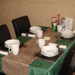 Breakfast table layout