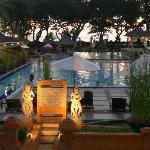 view of Jayakarta pool and restaurant area