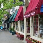 Main St Woodstock