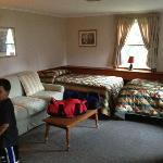 kids room/livingroom
