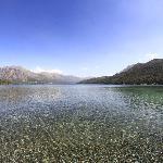 Lago Gutiérrez, a 300 metros del camping