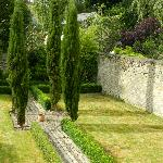 Wonderful lavender hedges to relax you here