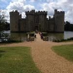 in perfect proximity to bodium castle - well worth a visit!