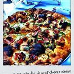 Fresh, crisp pizza!