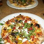 Vegetarian pizza, Mediterranean pizza