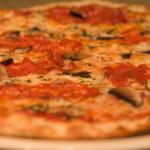 Pazzo Taverna and Pizzeria