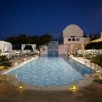 Aressana Pool by night