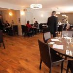 Twin Oaks Hotel Brasserie
