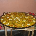Giant paella to celebrate the first birthday of Tio Pepe